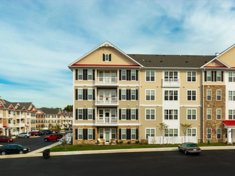 This image shows an aerial view of the TGM Creekside Apartment. It's a new community that boasts a beautiful setting and a well-established neighborhood. It also offers 24-hour emergency maintenance.