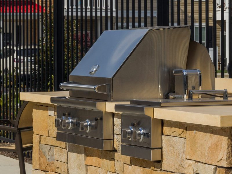 TGM Creekside Village Apartments BBQ area